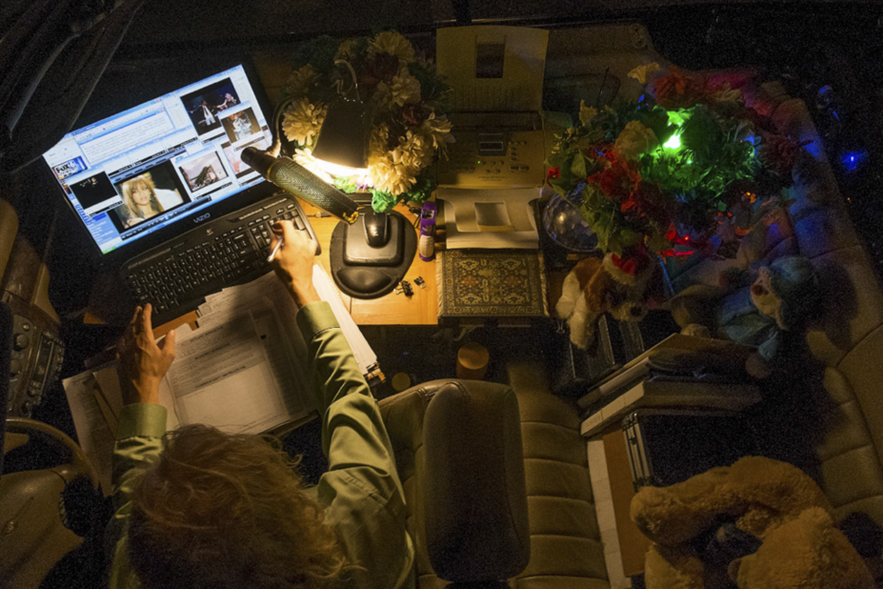 Mobile office, musician, Bryant park